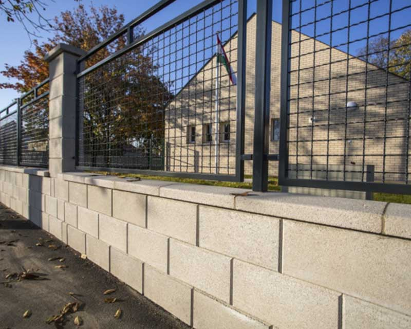 Leier Modern Kerítéskő normál 40x20x20cm - natúr törtfehér